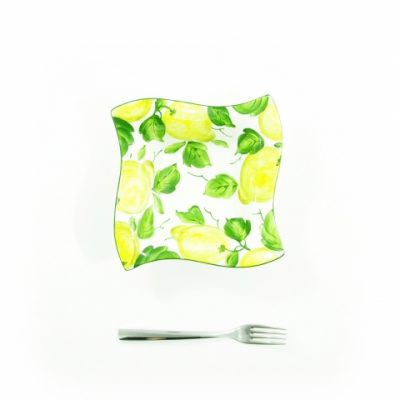 bolo-quadrato-liscio-onda-medio-limoni-1