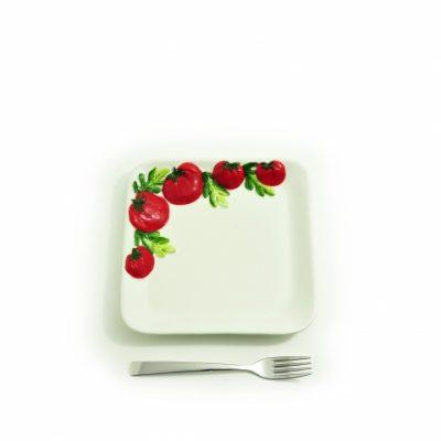 piatto-quadrato-piccolo-pomodoro-1